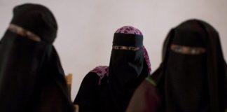 Many Somali women wear the niqab
