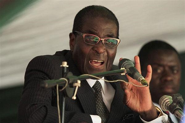 Zimbabwe President Robert Mugabe in a file photo. REUTERS/Philimon Bulawayo