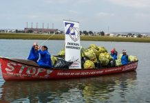 The SPAR River Paddle Challenge, which generates funds for the Zwartkops Conservancy, takes place in the Swartkops River estuary on November 24. Assisting to clean up the river are Dolly Mitchell (front left), Beronice Komoete (front right), Marie Tierfrei (back left) and Johanna Mitchell (back right). Picture: Full Stop Communications