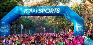 Seen here: The elite field at the start of the 2018 Totalsports Women's Race. Photo Credit: Rogan Ward