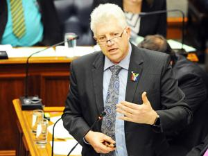 MEC Alan Winde said he hoped the petition would result in a reprieve that would enable them to mitigate the harm already caused by the regulations. Picture: David Ritchie