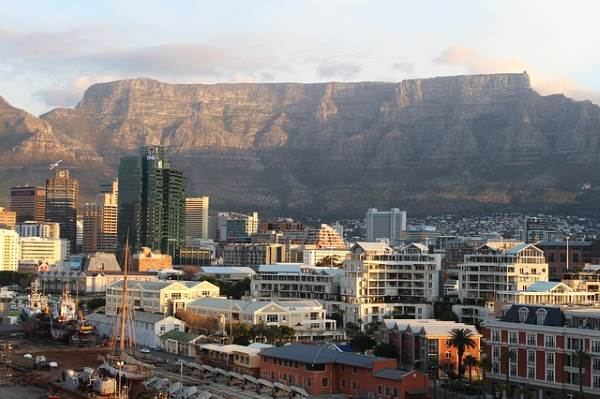Cape Town, Table mountain - 4 must-see SA spots for USA travelers