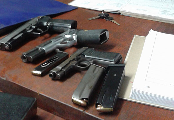 Weapons stolen from police station | South Africa Today