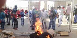 Protest-at-Jabulani-View-flats-in-Soweto