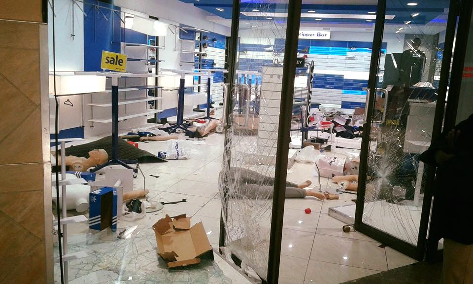 Central-City-mall-Mabopane-shops-looted-and-wrecked