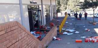 While Pretoria burns the shops are being looted