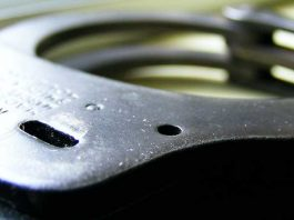 Five suspects apprehended on a charge of house robbery