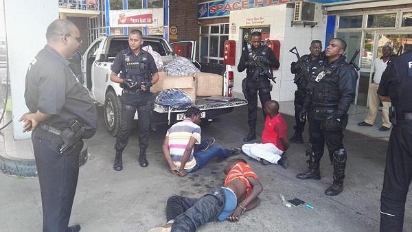 Malawian And Zimbabwean Nationals Arrested In Verulam