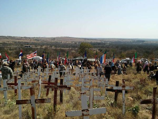 Image result for GRAVE WHITE CROSSES SOUTH AFRICA