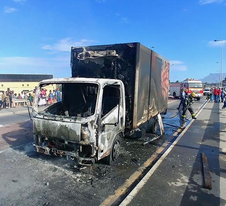 truck stopped at gunpoint then set alight in dunoon south africa today. Black Bedroom Furniture Sets. Home Design Ideas