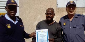 Father throws girl (7) from rooftop, brave bystander saves her life. Photo: SAPS