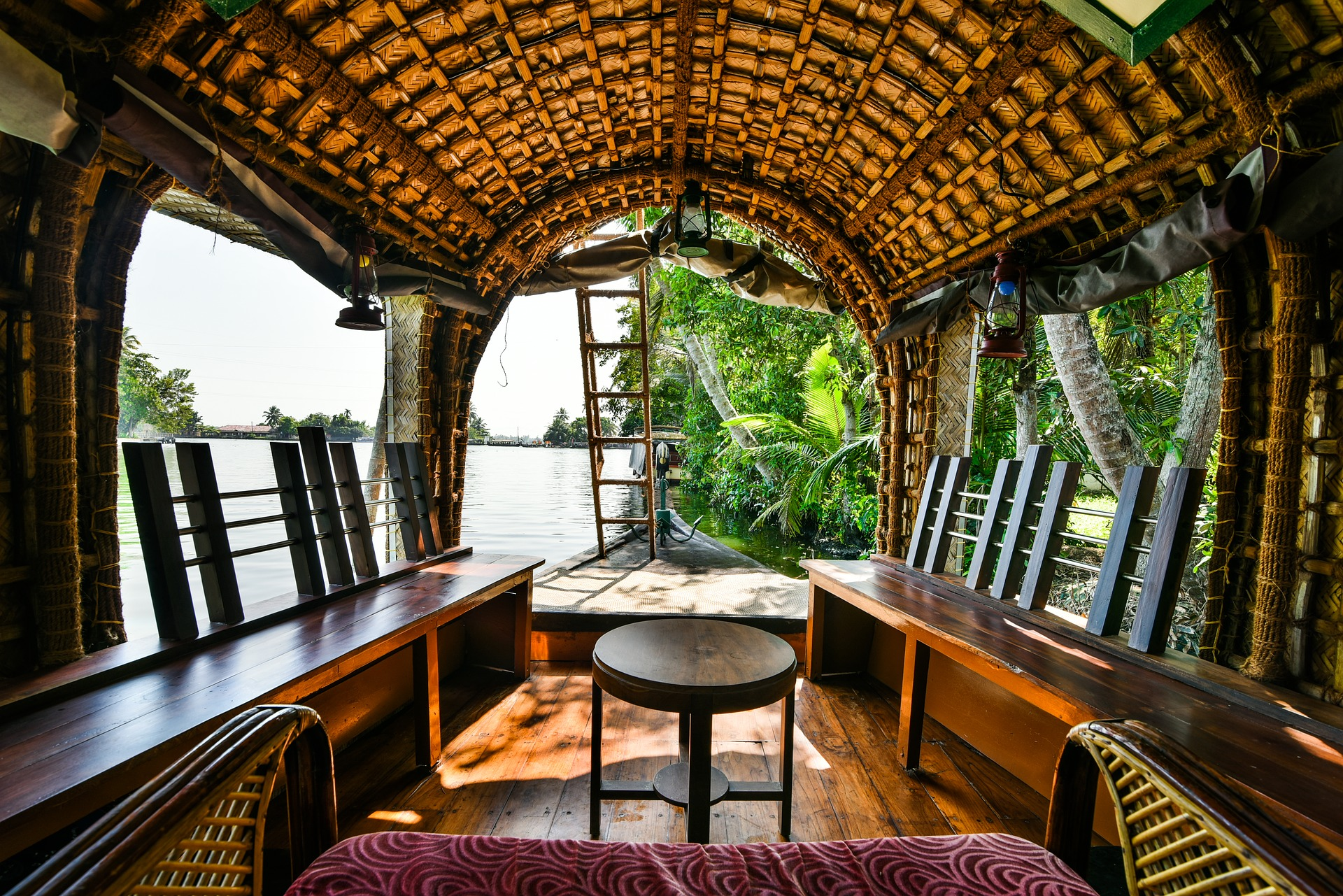 Houseboat in Kerala.jpg