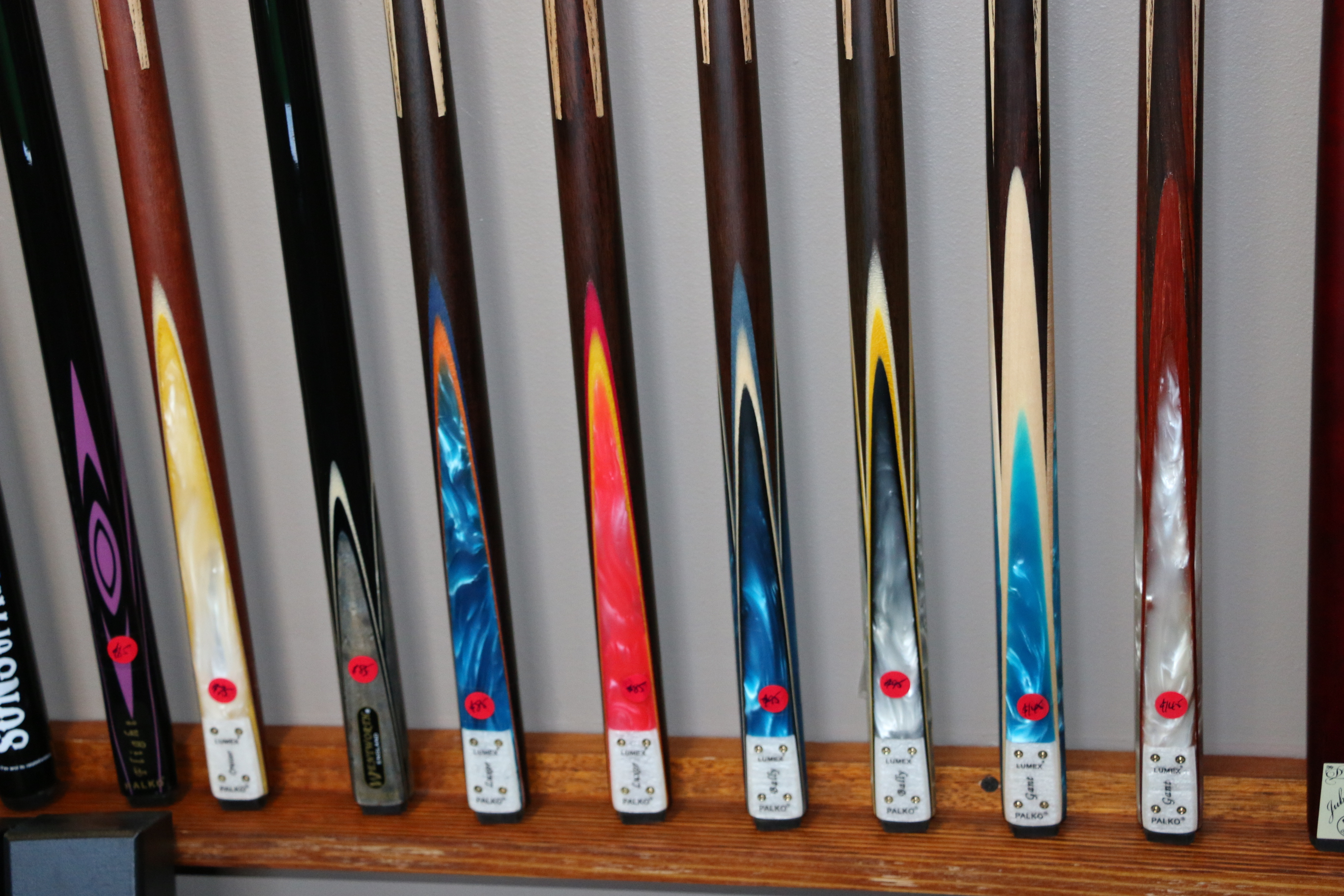 Features Of Best Pool Cue  e542f80d0