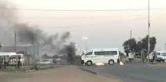 Chaos as roads blocked again in Cape Town and Pretoria. Photo: Die Vryburger
