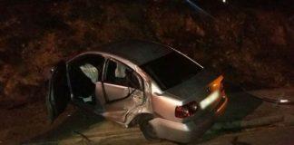Car abandoned in Port Elizabeth crash. Photo: Netcare 911