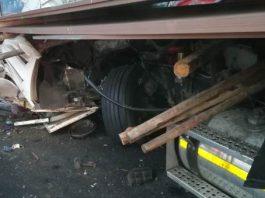 Multiple vehicle crash on N3 claims 1