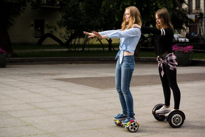 Safety tips to make sure you ride safely on the hoverboard
