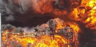 Power outages as Johannesburg substation burns. Photo: Die Vryburger
