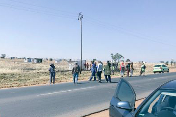 Potential violence expected, farm invaders and expropriation. Photo: Ian Cameron