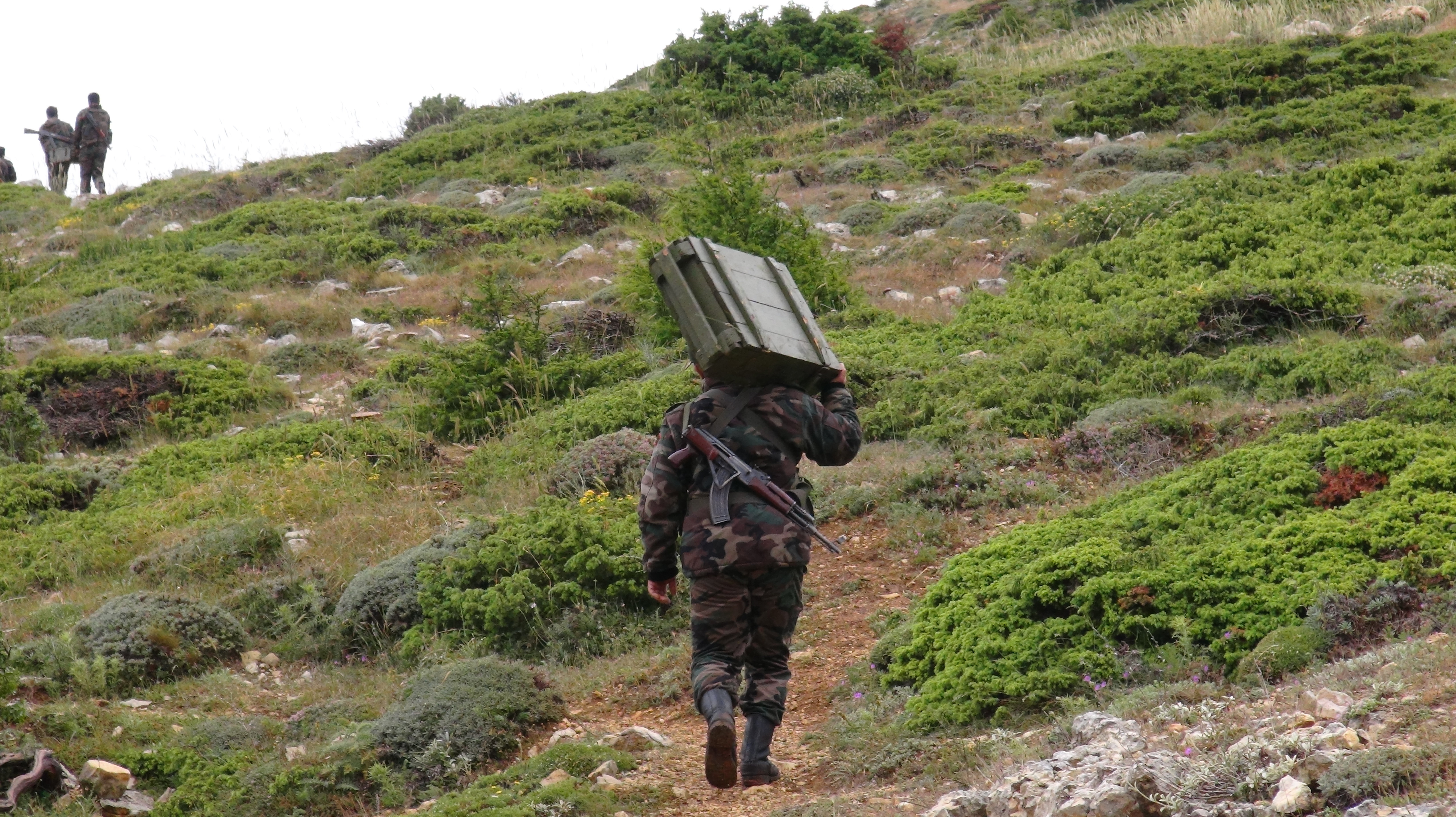 Syrian forces carrying out an operation against jihadists in Latakia.
