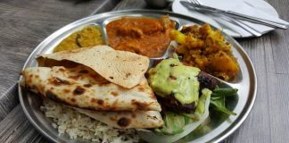 Foodie experiences that you need to have in Delhi