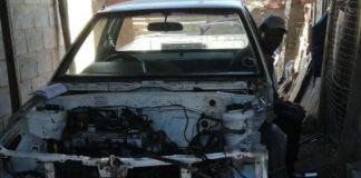 Man arrested stripping Humewood stolen vehicle, Kwazakhele. photo: SAPS
