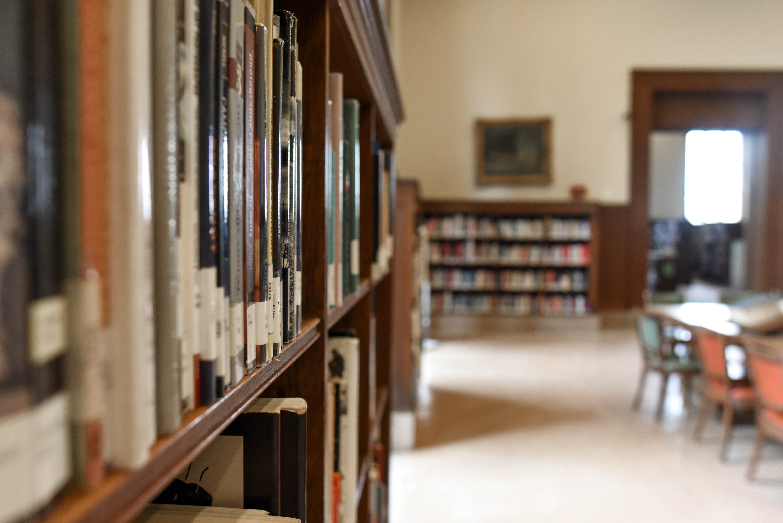 architecture-book-bookcase-1370296.jpg