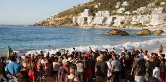 Clifton beach debacle: Truth emerging as fingers point to the SAPS. Photo: Die Vryburger