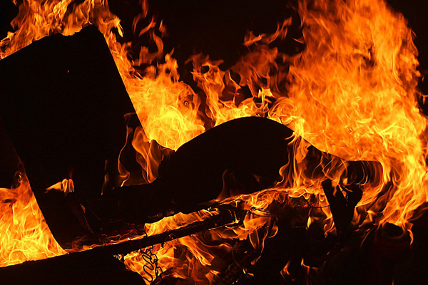 Violent protests: Five homes and four vehicles torched, 9 injured, Bathurst