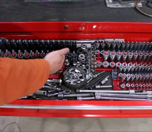 How to organize a truck toolbox