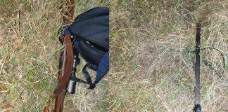 Failed farm attack suspects leave behind panga, rifle, Mooinooi. Photo: BKA