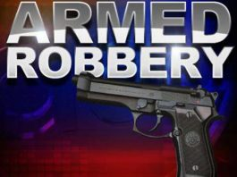 Delmas business robbery, police hunt 5 suspects