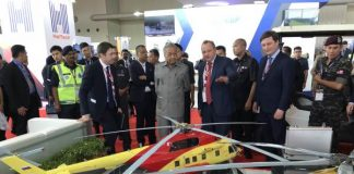 Prime Minister of Malaysia acquainted with state-of-the-art Russian helicopters at LIMA 2019
