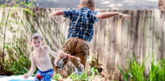10 Tips for Creating a Kid-friendly Backyard