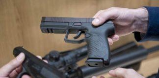 Semi-automatic Udav pistol