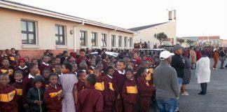 Parents lock principal up in primary school