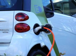 What are the Pros and Cons of Hybrid Cars