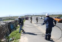 SANDF protects Eskom workers in Khayelitsha
