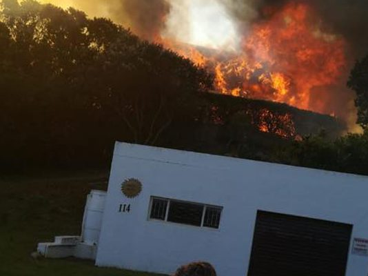 St Francis Bay blaze, 13 houses affected, police probe arson. Photo: SAPS