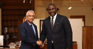 L-R: H.E. Pravind Jugnauth, Prime Minister of the Republic of Mauritius and Mr. Samaila Zubairu, President & CEO of AFC.
