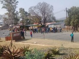 Ladysmith public violence, roads blocked, 26 arrested, Steadville. Photo: SAPS