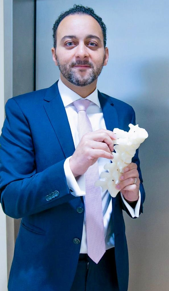 Patient Specific 3D Spine Model and Screw Guides Successfully Used in Scoliosis Surgery