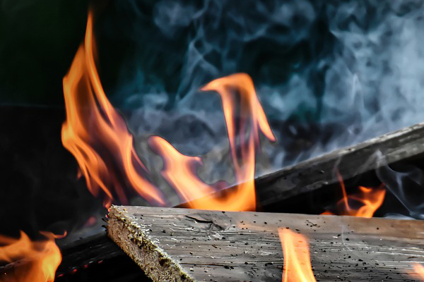 Mob burn homes of suspects - Panga attack on boy (13), Hazyview. Image source: Pixabay