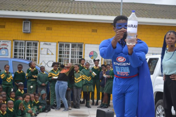 KlevaKidz paraffin safety campaign visits the Western Cape