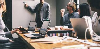 How to Keep Your Staff Members Focused on Work