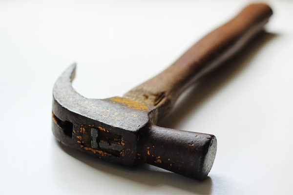 Hoopstad home invasion: Woman (89) beaten over the head with hammer. Photo: Pixabay
