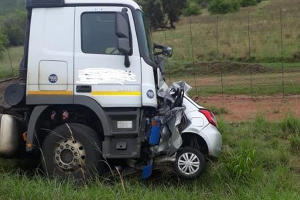 Man kills wife and her daughter and then drives into a truck. Photo: SAPS