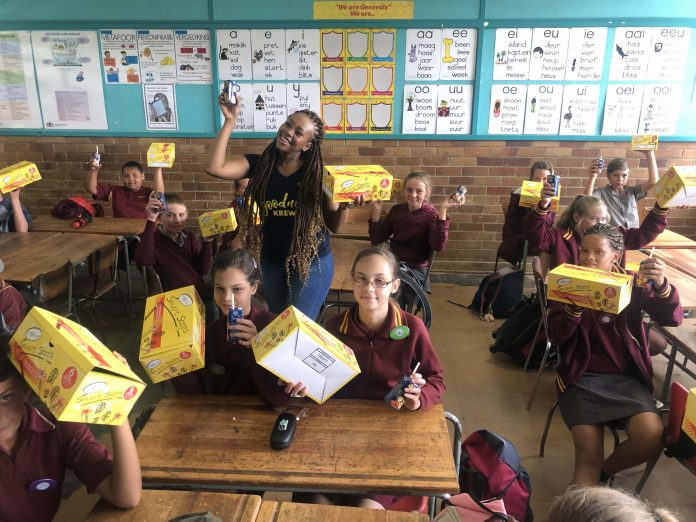 Bontle Modiselle visits Pretoria school and donates over 1000 school shoes to learners in need