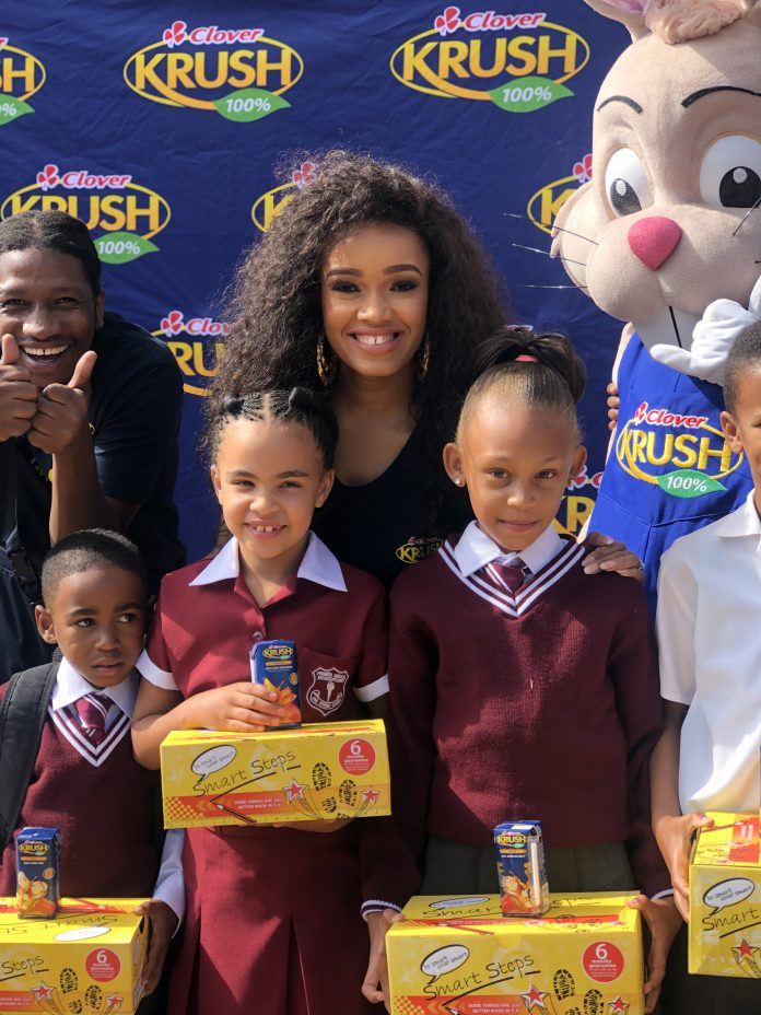 Dineo Langa visits Roodepoort Primary and donates 1000 school shoes to learners in need - #KrushGoodness