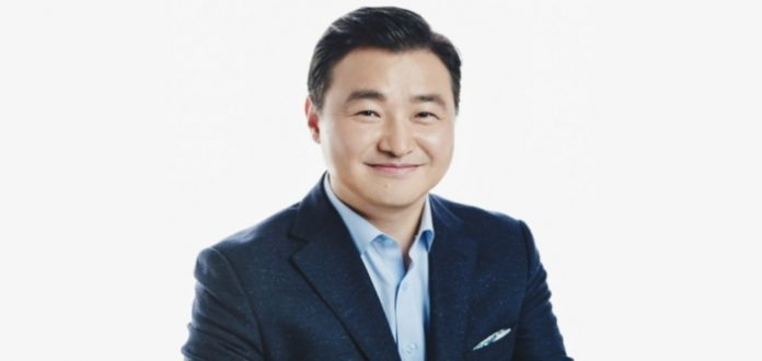 Dr. TM Roh, President and Head of Mobile Communications Business, Samsung Electronics